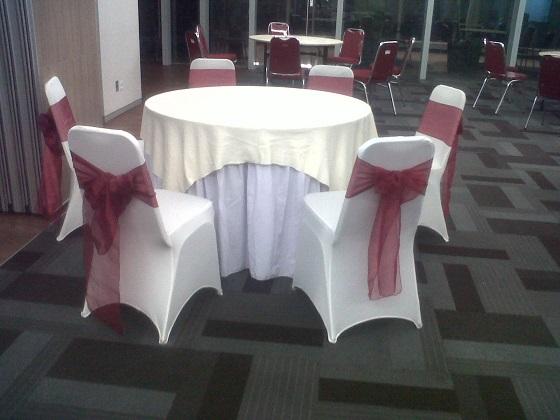 sewa-cover-meja-dan-kursi